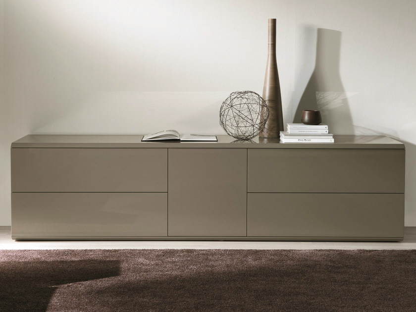 Lacquered wooden sideboard ALY WOOD | Sideboard with sliding doors by Bontempi Casa