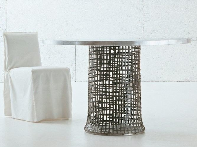 Round table in handwoven steel plate IRONY 70 SI - Gervasoni