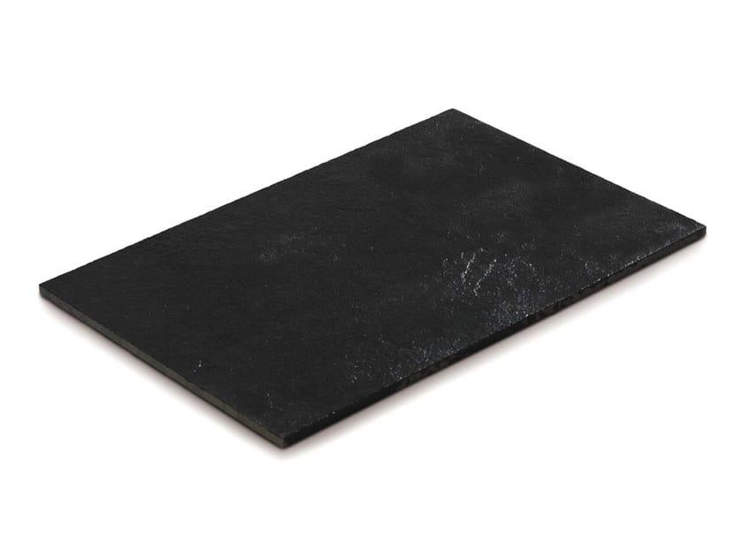 Carrelage ext rieur en pierre calcaire new desert black by for Carrelage en pierre calcaire