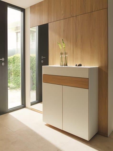 scarpiera sospesa in vetro cubus pure scarpiera team 7. Black Bedroom Furniture Sets. Home Design Ideas