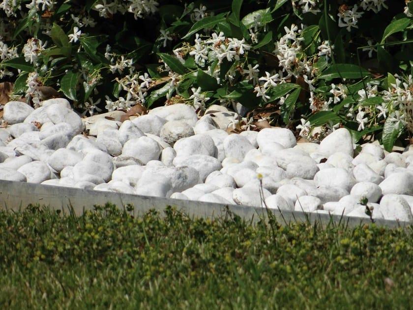 Bordura per aiuole in alluminio alubord granulati zandobbio for Aiuole giardino con sassi