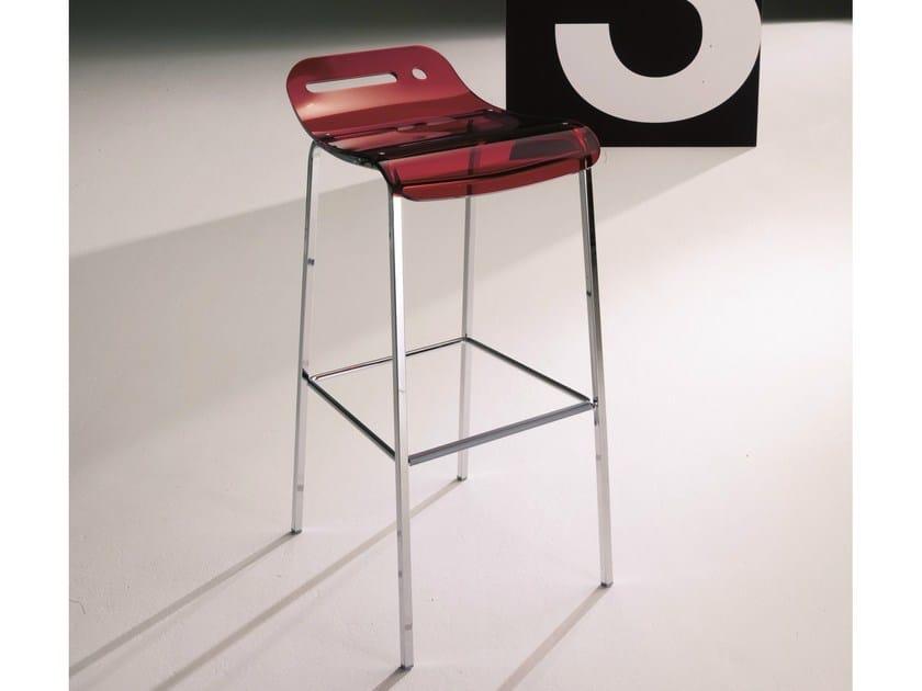 tabouret haut en m thacrylate avec repose pieds open collection tabourets by bontempi casa. Black Bedroom Furniture Sets. Home Design Ideas