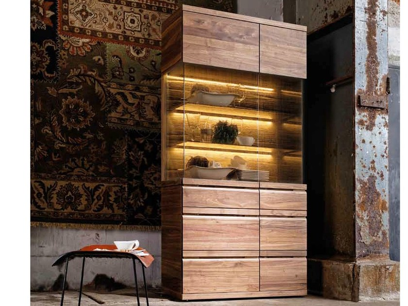 vitrine aus massivem holz kollektion v loft by voglauer. Black Bedroom Furniture Sets. Home Design Ideas