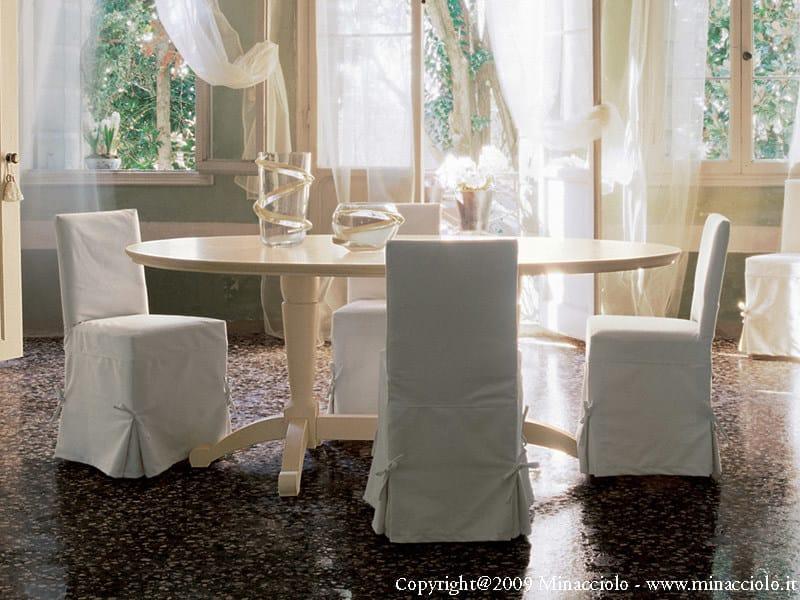 Tavolo in legno massello in stile classico english mood for Tavolo ovale allungabile legno massello