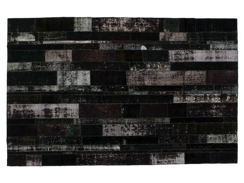 Vintage style patchwork rug PATCHWORK RESTYLED BLACK by Golran