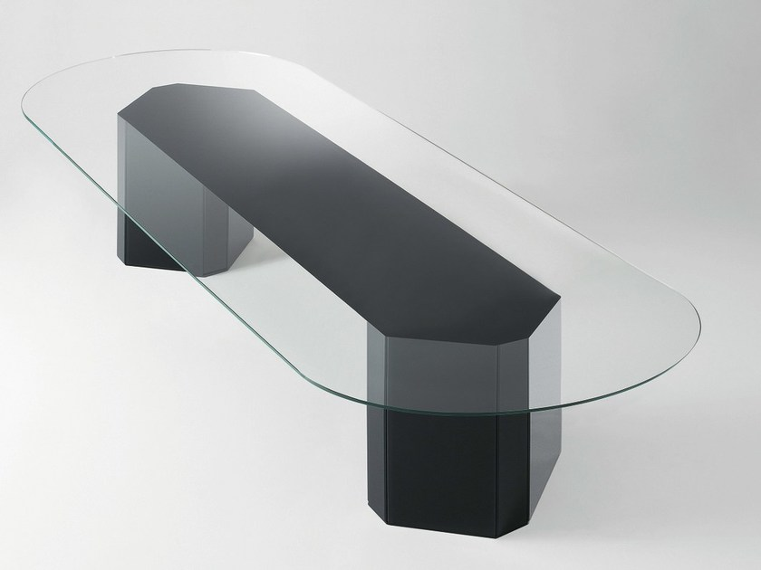 Tavolo ovale in cristallo akim tavolo ovale gallotti - Tavolo in cristallo ovale ...
