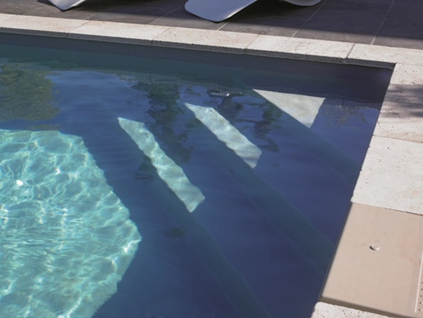 Corner stairs for swimming pools desjoyaux corner stairs - Prix d une piscine desjoyaux ...