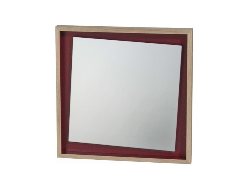 Miroir carr avec cadre float by drugeot labo design for Miroir french to english