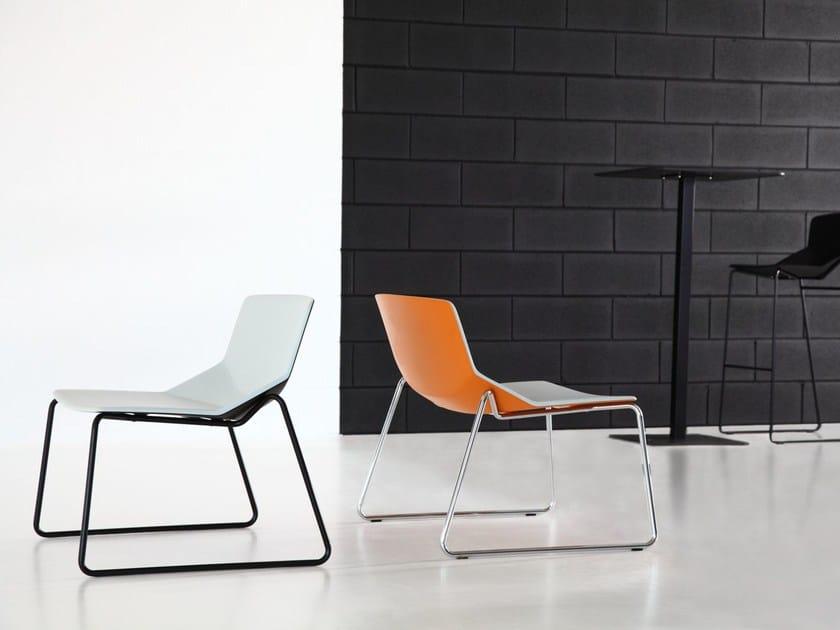 Sled base easy chair FORMULA LOUNGE SLED POLY-TECH - arrmet