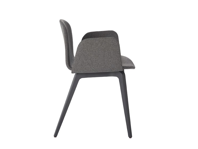 Fabric chair with armrests BOB XL | Chair with armrests - ONDARRETA