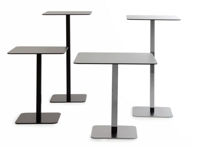 Square steel table VOILÀ | Square table - arrmet
