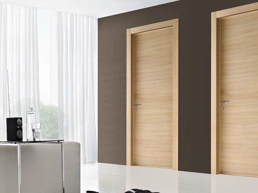 Porta a battente in rovere basic collezione libera by door for Gruppo door 2000 spa