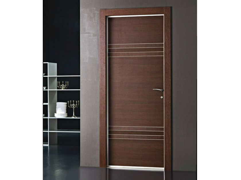 Porta a battente in weng fourty collezione libera by door for Gruppo door 2000 spa