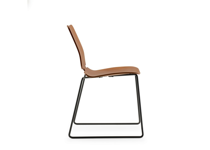 Sled base stackable chair NOA | Sled base chair - ONDARRETA