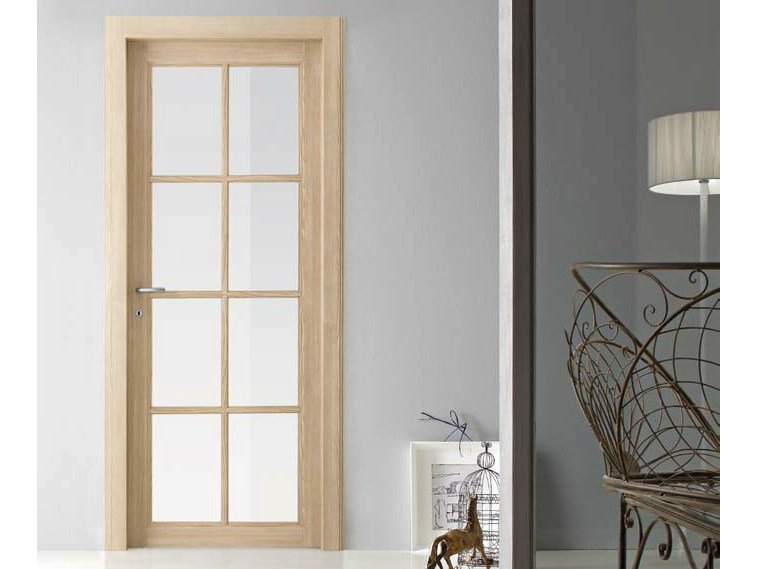 Hinged crystal door virginia america collection by door for Gruppo door 2000 spa