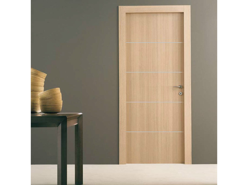Porta a battente in rovere four porta in rovere door for Gruppo door 2000 spa