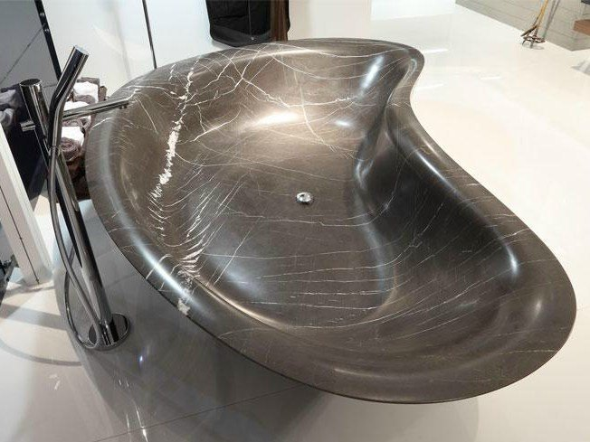 Freestanding marble bathtub LEVEL 45 | Marble bathtub - FALPER