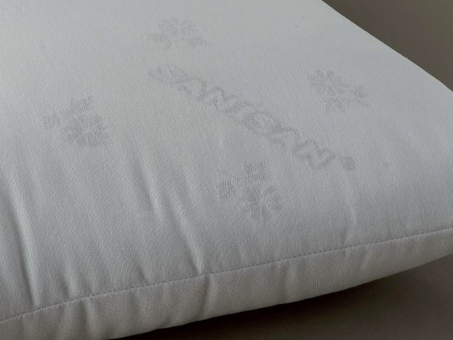 Anti-mite rectangular polyester pillow SANISAN - Demaflex