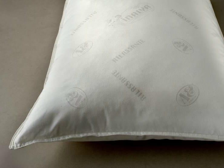 Rectangular polyester pillow SONNIFERO - Demaflex