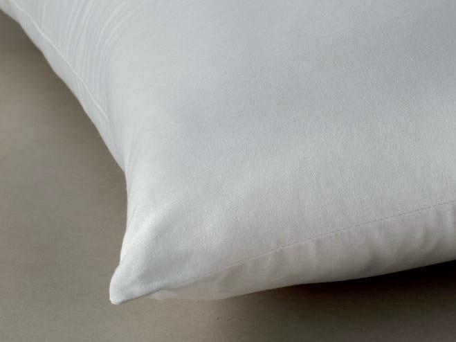 Rectangular polyester pillow CLEAN & GREEN® by Demaflex