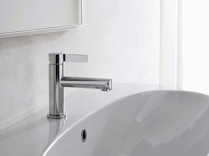 Chrome-plated single handle 1 hole washbasin mixer TERRA | 1 hole washbasin mixer - Graff Europe West