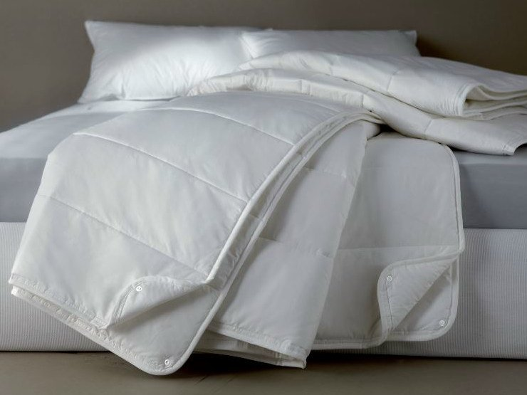 Solid-color polyester duvet DEMASOFT IGNIFUGO - Demaflex