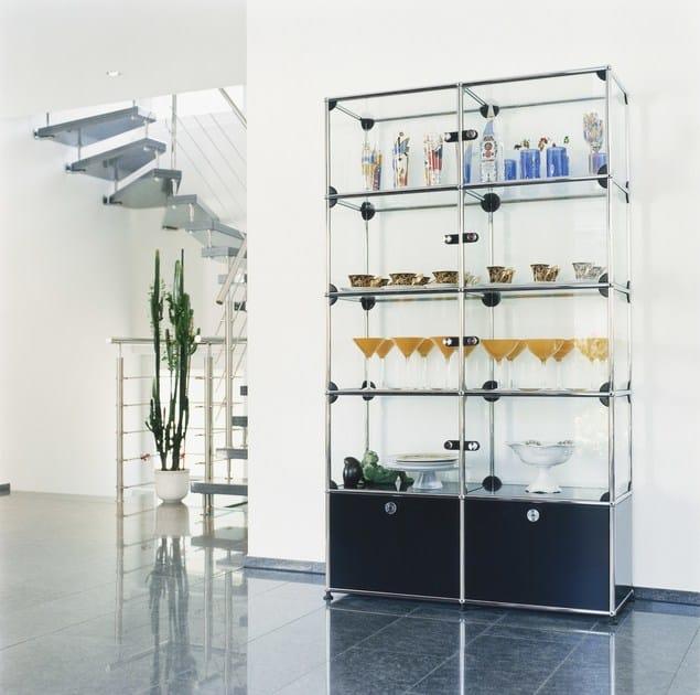 b cherregal vitrine aus stahl und glas usm haller glas shelving and showcases kollektion usm. Black Bedroom Furniture Sets. Home Design Ideas