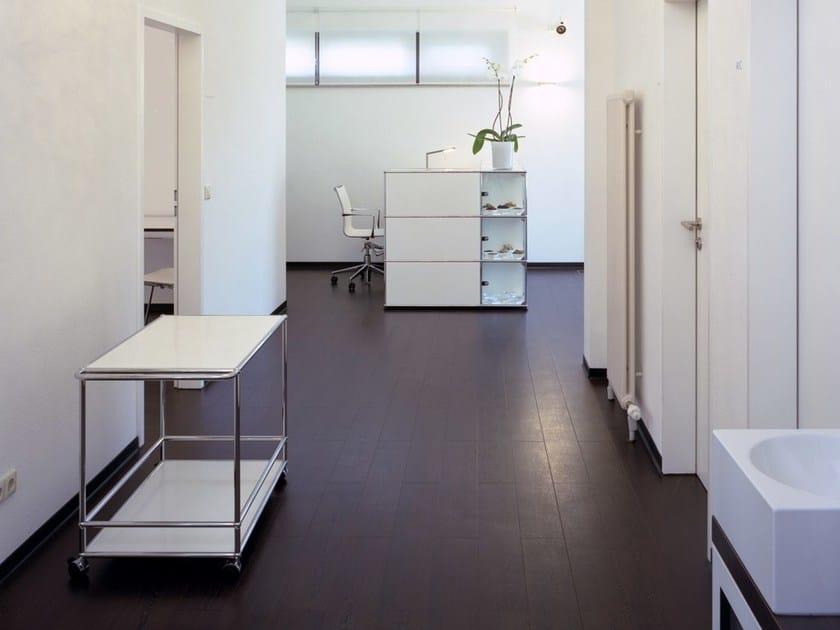 usm haller credenza as office storage b roschrank by usm. Black Bedroom Furniture Sets. Home Design Ideas