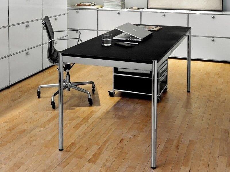 Height-adjustable steel writing desk USM HALLER HOME OFFICE TABLE   Height-adjustable writing desk - USM Modular Furniture
