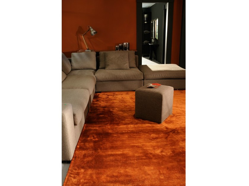 Solid-color rectangular silk rug GLOSS - Toulemonde Bochart