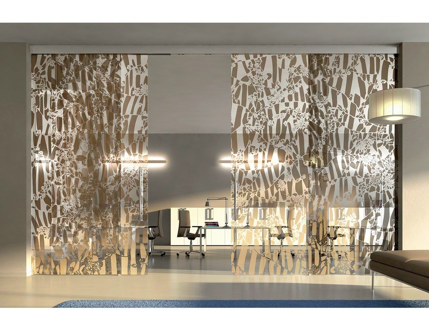 Decorated glass movable wall / Sliding door BETA FLOS - Casali