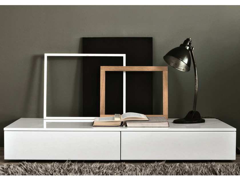 Lacquered rectangular wooden bedside table TAO NIGHT | Bedside table - MisuraEmme
