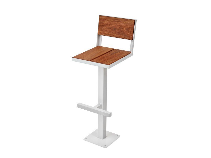 Counter stool with footrest SIDEWALK | Counter stool - Nola Industrier
