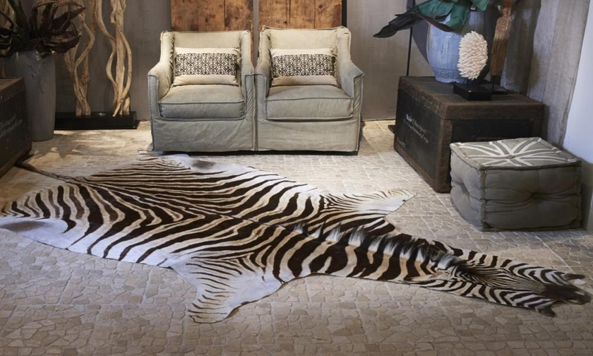 teppich aus leder zebra hides by ebru. Black Bedroom Furniture Sets. Home Design Ideas