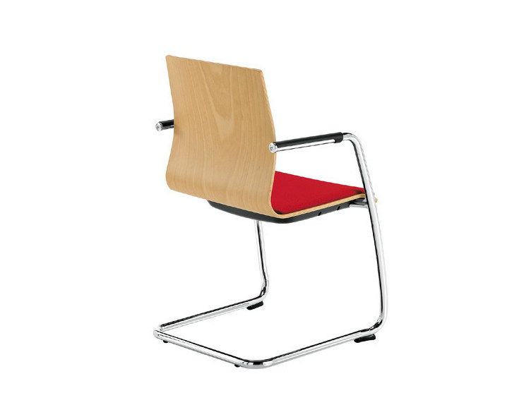 Cantilever chair with armrests Q-2 | Cantilever chair by Sesta