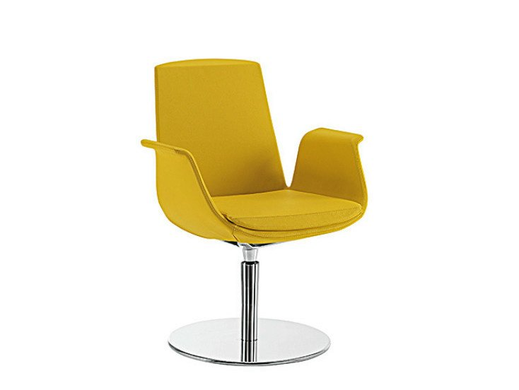 Swivel easy chair with armrests MODÌ | Swivel easy chair - Sesta