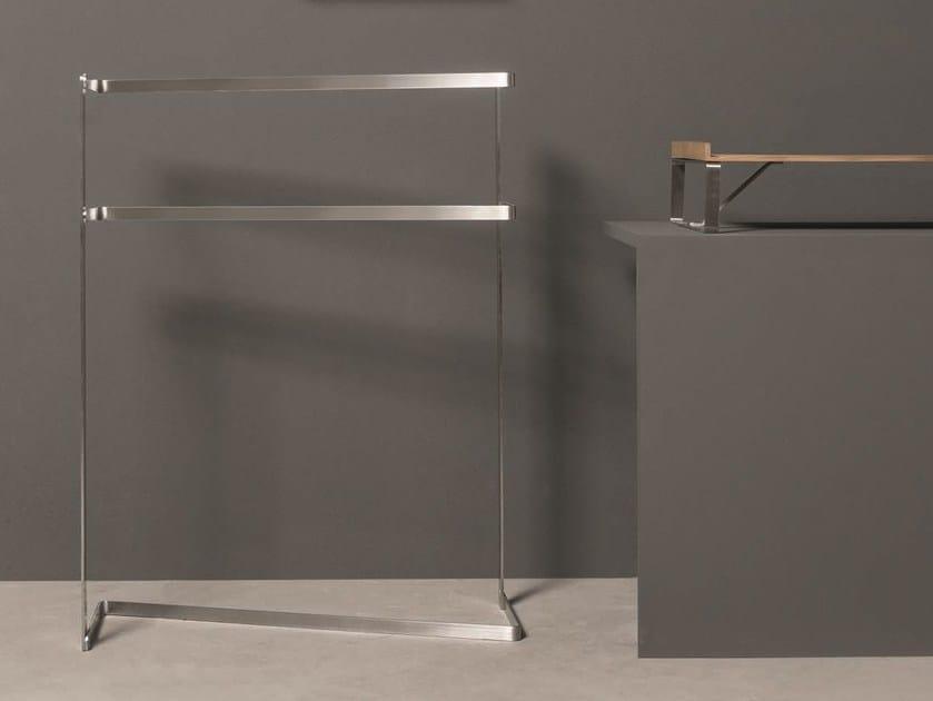 Porta asciugamani a barra da terra collezione twenty by makro design giulio gianturco - Porta asciugamani design ...
