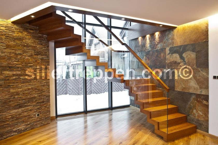 L-shaped self supporting wood and glass Open staircase ZIG ZAG DESIGN | Wood and glass Open staircase by Siller Treppen