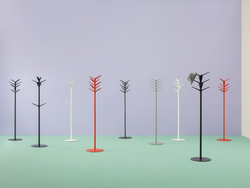 Polypropylene coat stand FLAG by PEDRALI