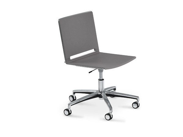 Polypropylene task chair with 5-Spoke base with casters FILÒ PLASTIC | Chair with 5-spoke base by Diemmebi
