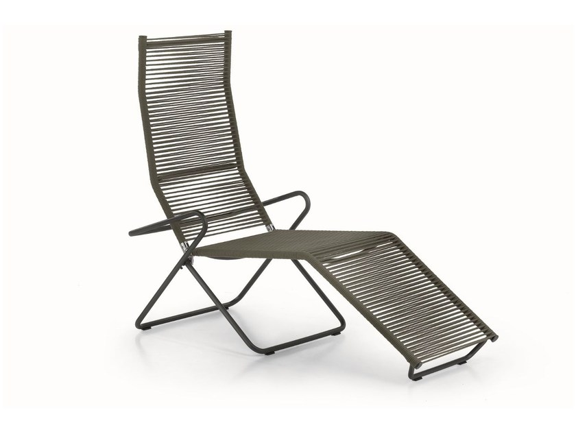 Recliner deck chair with footrest HARP | Deck chair - RODA