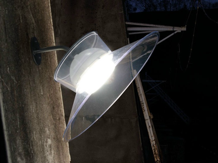 LED polycarbonate wall lamp with fixed arm QUID | Wall lamp with fixed arm by Lombardo