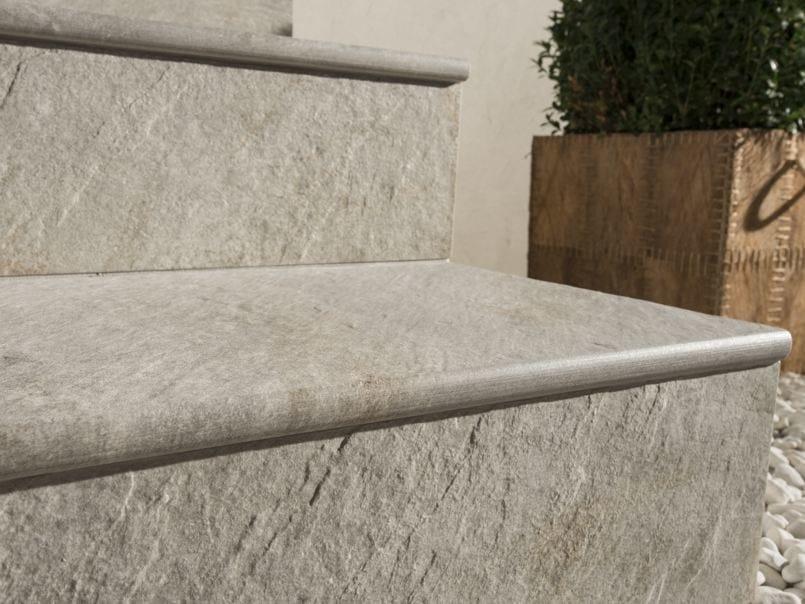 Pavimento per esterni in gres porcellanato dual step ceramiche caesar - Piastrelle in cemento per esterno 50x50 ...