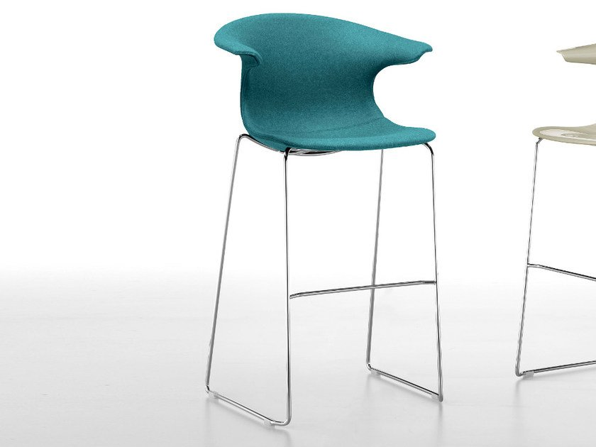 Upholstered sled base stool with armrests LOOP | Upholstered stool - Infiniti