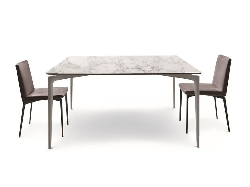 Square table LIUTO - ALIVAR