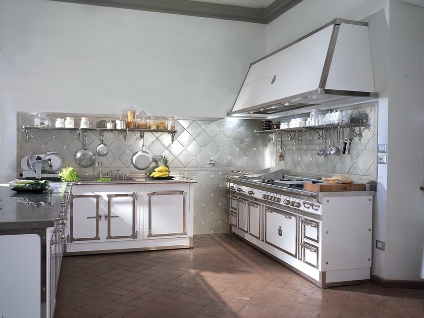 cucina con penisola pitti palace by officine gullo