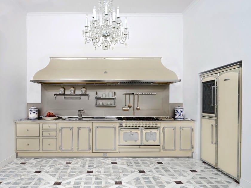 Linear custom kitchen SFORZA PALACE by Officine Gullo
