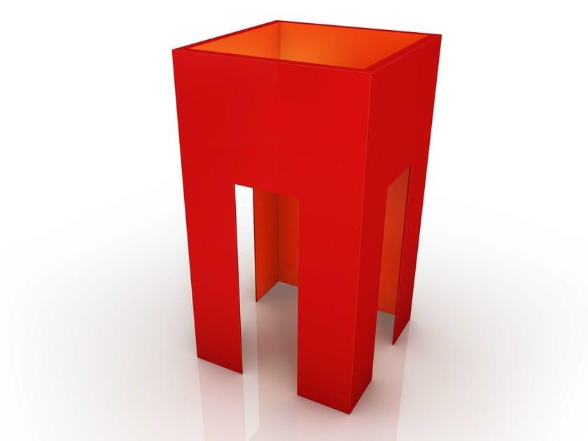 Aluminium vase AMEDEO by altreforme
