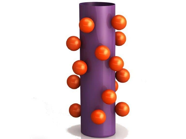 Aluminium vase LES DEUX-MAGOTS by altreforme