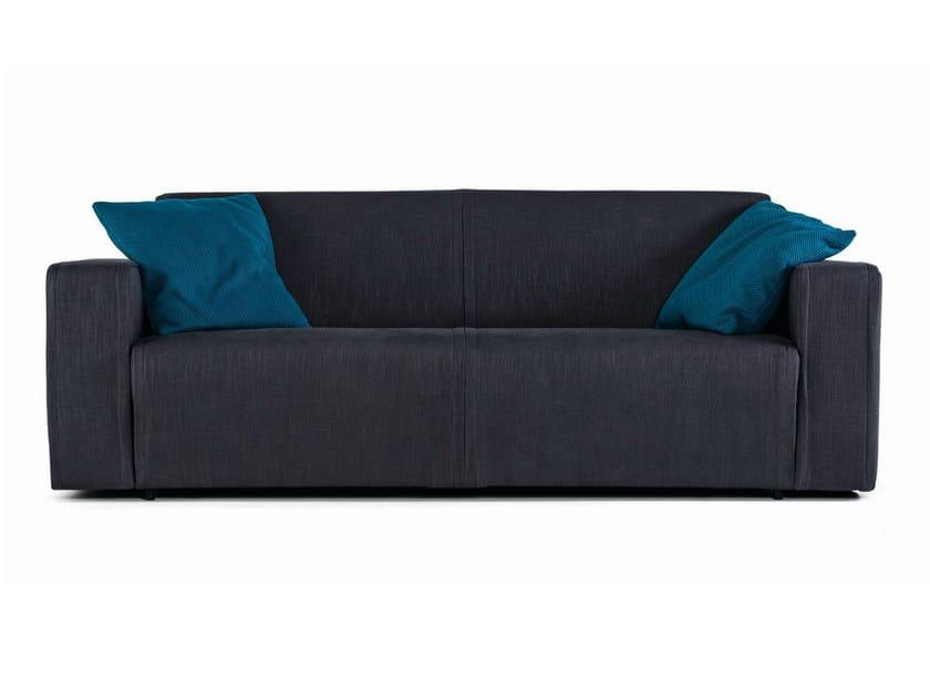 Divano letto in tessuto a 3 posti nimble divano letto for Divano seduta larga